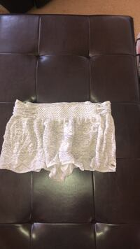 White and Grey Flowy Shorts from Oneill            Size Womens Large San Luis Obispo, 93405