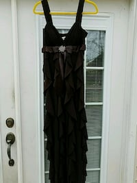 Formal dress. Clarksville, 37042