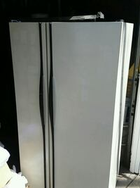 Hotpoint side by side refridgerator Peoria, 61604