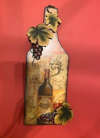 Metal Wine Bottle wall decor