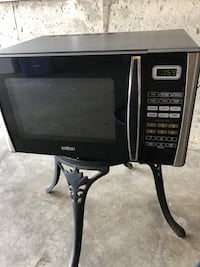 black and gray microwave oven Kitchener, N2P 2Y3