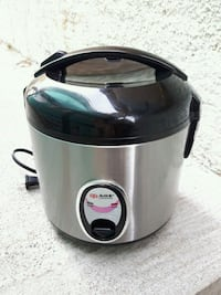 gray and black rice cooker