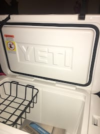 Yeti 45 qt great condition