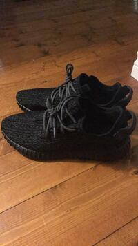 pair of black Adidas Yeezy Boost 350 London, N5Y