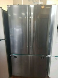 Black stainless steel French door refrigerator  Lynwood, 90262