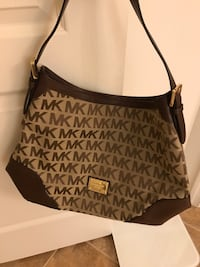 Michael Kors purse Woodbridge, 22193