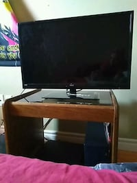 Rca tv in mint condition need gone asking 250 obo  Kitchener, N2G 3L6