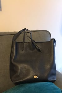 Michael Kors bag Mount Pleasant, 29466