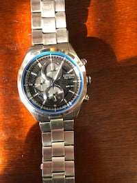 round silver-colored chronograph watch with link bracelet Riverdale Park, 20737