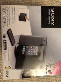 Sony portable speaker dock iPhone iPad iPod London, N6C