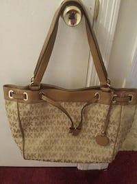brown and beige monogram Michael Kors leather tote bag Montgomery, 36108