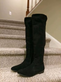 Size 10M Impo Over Knee Boot, (Retail $337) Woodbridge, 22193