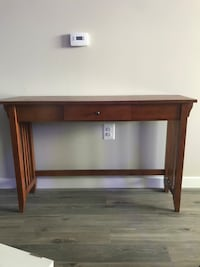 TV Stand/Couch Table Woodbridge, 22191