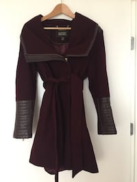 Women's maroon long-sleeved dress Vancouver, V6K 2V9
