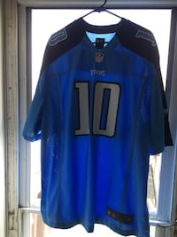 Titans  size xl locker number 10