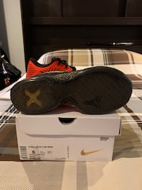 Kobe 10 Elite Low Xmas Mississauga, L5N 6G1