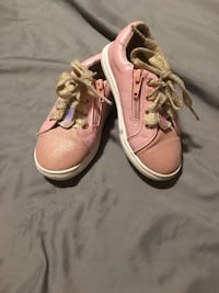 Lille girls shoes size 8 and clothes size 4t must go Sioux Falls, 57106