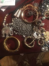 lots of costume jewelry  trifari and more beautiful earrings necklaces bracelets Detroit, 48223