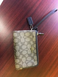 brown and black Coach monogram wristlet Columbia, 29209