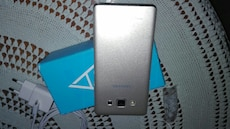 Plata Samsung Android smartphone
