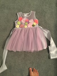 1 year old Girl's white and pink floral sleeveless dress San Diego, 92127