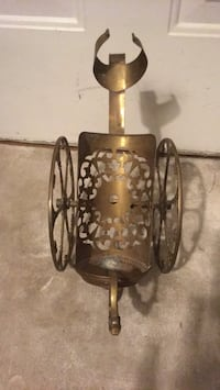Vintage wine bottle holder