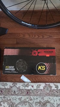 Black and red and black kicker subwoofer Vienna, 22180
