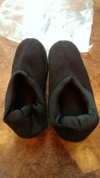 pair of black slip-on shoes Alexandria, 22310