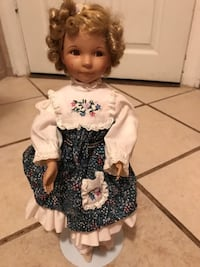 PORCELAIN SHIRLEY TEMPLE DOLL 463 km