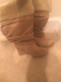 pair of brown leather boots Upper Marlboro, 20774