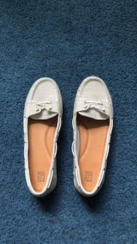 White Canyon River Blues- Size 11 Middle Island, 11953