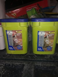 2 buckets of Cat Litter, 42LB each Tucson, 85713