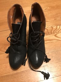 Black wedges size 10 Montréal, H1G 5Z4