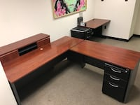 Large office desk -best offer-price negotiable Vienna, 22182