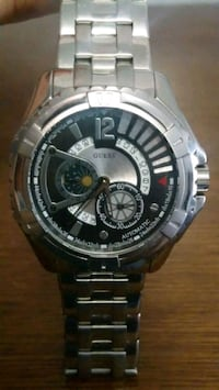 round silver Casio chronograph watch with link bracelet Mississauga, L4Z 4G8