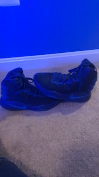 pair of black-and-blue Nike basketball shoes Bristow, 20136