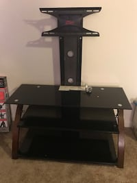 Tv stand  Fort George G Meade, 20755