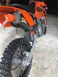 2007 ktm xcf-w 250 it's in great condition it has only 30 hours on the motor and it has a full fmf exhaust system