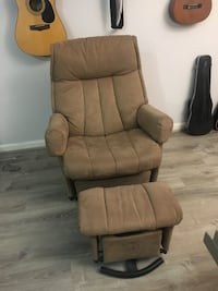 Tan Recliner Chair with Ottoman 30 km