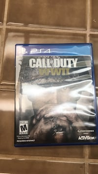 Call of duty ww2 excellent condition only played a few times . 25$