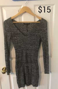 LIKE NEW: Slim fit Sweater Dress Longueuil, J4V 3K7