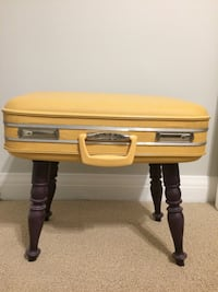 Vintage suitcase table with storage Toronto, M6A 2K2