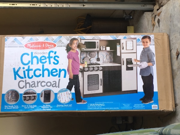 Melissa & Doug play kitchen