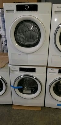24 INCH WHIRLPOOL WASHER AND DRYER SET  Toronto, M9L 1S7