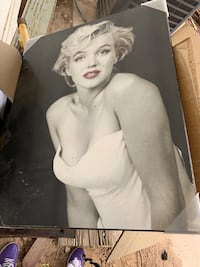 2 Marilyn Monroe Wall pictures Las Vegas, 89156