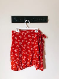 Cute Floral Skirt - Forever 21 Toronto, M1P 4B7