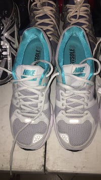 New Nike Shoes size 8.5 Cypress, 77433