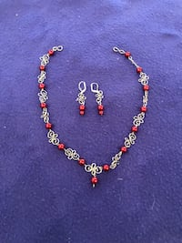 Women's necklace and earrings set Calgary, T2M 2P2