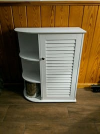 Shelf or Cabinet Metairie, 70001