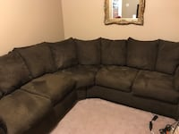 Ashley Cafe Sectional Oxford, 06478